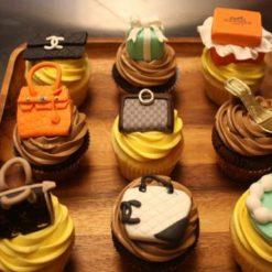 2089285175designer_cup_cakes_67