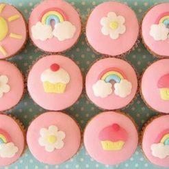 278458Rainbow-cupcakes_120