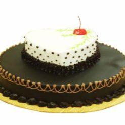 3371293194heart_on_a_cake