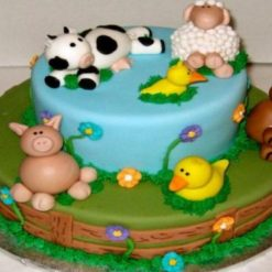 3756158559animal_lover_cake
