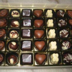 4072802608home_made_chocolates_valentine_(1)