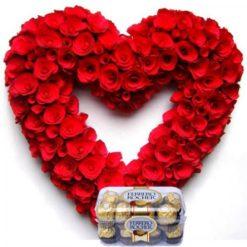 434653100-heartshaped-red-roses-16pc-ferrero