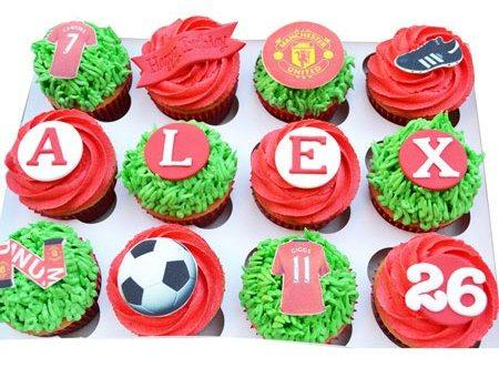 518326football_special_cupcakes_120
