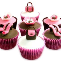 525216Girlie_special_Cup_cake_130