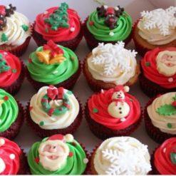 6125281352Christmas-Cupcakes-2