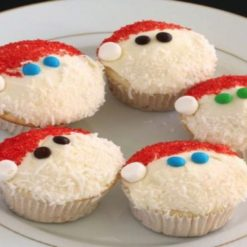 612866294santa_claus_cup_cakes