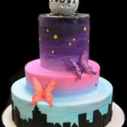 673475moon-with-skyline-wedding-cake_upload