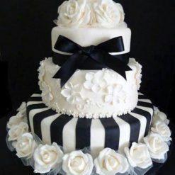 808240Black_Bow_Designer_Cake