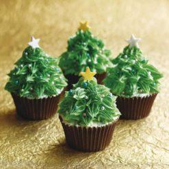 853162easy-christmas-cupcakes
