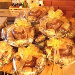 874002cookies_and_cakes_hamper