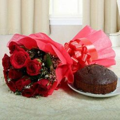 927795red-roses-bouquet-n-plum-cake_1
