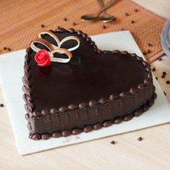931828chocoholic-love-cake-C-9998580ca-071217
