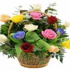 9357971952mix_roses_basket