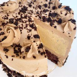 163336333412804123kit_kat_icecream_cake